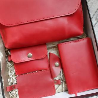 Набор аксессуаров из натуральной кожи (сумка, ключница, картхолдер/визитница, блокнот в обложке)