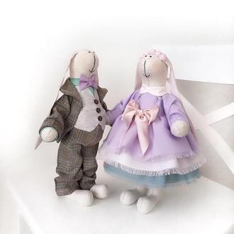Свадебные зайцы Тильда Зайки фиолетовая свадьба подарок молодоженам жених и невеста