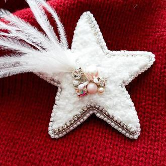 Звезда брошь. Брошка зірка. Брошь с перьями.