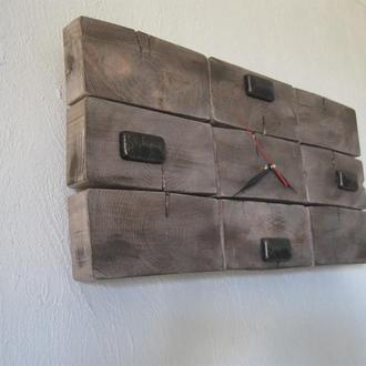 Брутальные часы из дерева.