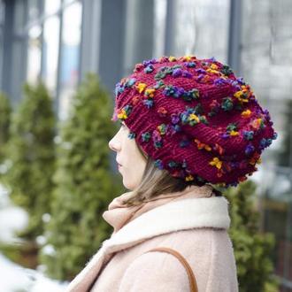 Объемная вязаная шапка в цветочек, бордовая шапка на весну оверсайз