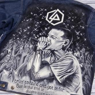 """Джинсовая куртка с росписью """"Linkin Park, Chester Bennington"""""""
