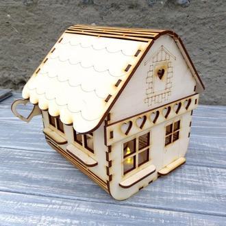 Ночник, фонарик,подсвечник в виде альпийского домика. Домик сувенирный.
