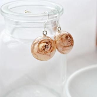 Трояндова кремова пара сережок- півсфер