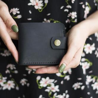 Классический бумажник из натуральной кожи черный