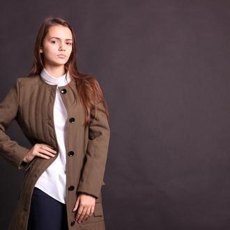 Пальто стёганное женское цвета хаки. Размер 42.