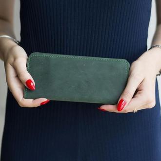 Длинный кошелек в два сложения из натуральной кожи зеленый