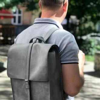 Кожаный рюкзак «Backy Gray» мужской/женский серый (26x35 см) ручной работы от pan Krepko
