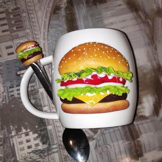 Чашка и ложка с декором из полимерной глины Макаронс