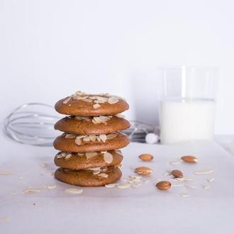 Печенье - пряник миндальный PONYC