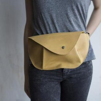 Поясная сумка из натуральной кожи желтый
