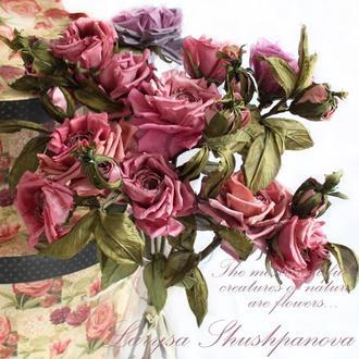 Букет из шелковых  роз