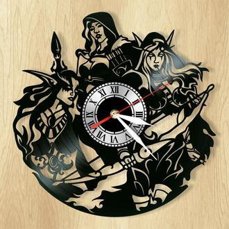 """Настенные часы с пластинки """"Варкрафт"""" - оригинальный подарок для себя и своих близких."""