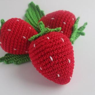 1шт-клубничка/strawberry/вязаные фрукты/вязаные игрушки в виде еды//тактильные игры