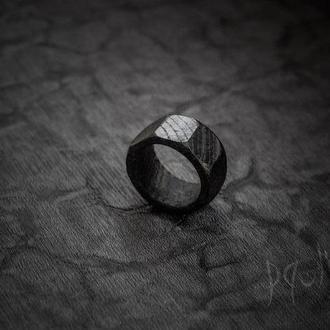 Перстень Гайка - кольцо дерево - черное - унисекс - резное
