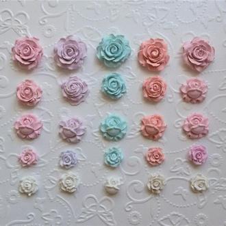 Гипсовые украшения для скрапбукинга. Набор цветочков.