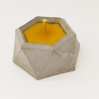 Натуральная свеча в баночке из бетона,медовая свеча из пчелиного воска