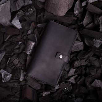 Мужское портмоне Эдвард из натуральной кожи с клапаном в черном цвете от мастерской Hidemont 0171