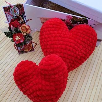 Сердечки.Сувенир.Вязаное сердце.