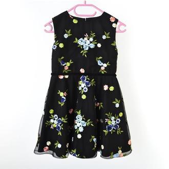 Платье для девочки, нарядное платье на 5 - 6 лет,пышное платье на выпускной, платье на праздник
