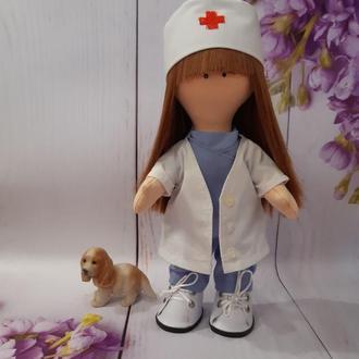 Интерьерная кукла на подарок Доктор