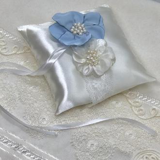 Свадебная подушка для колец новая