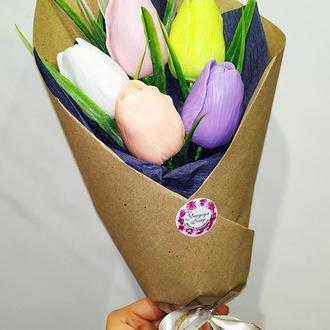 Букет из пяти мыльных тюльпанов