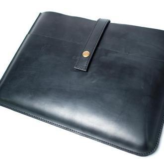 Кожаный чехол для Macbook на кнопке. 03004/черный