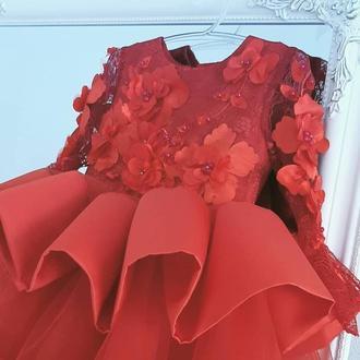 Дизайнерское шикарное детское платье