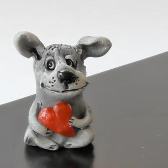 Фигурка собаки подарок любимому пес с сердечком