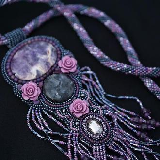 Ожерелье из бисера с аметистом и гематитом