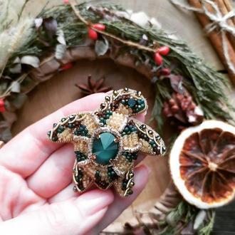 Брошь черепашка с кристаллами сваровски