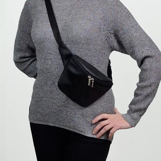 Стильная женская черная сумка кросбоди