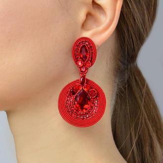 Серьги крупные с камнями Swarovski красного цвета
