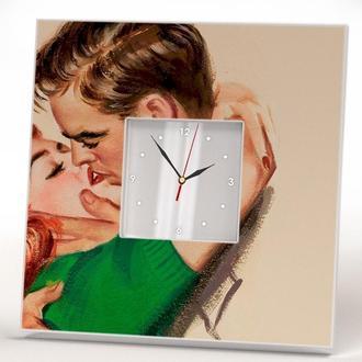 """Стильні годинники для подарунка """"Довгоочікувана зустріч. Любов"""""""