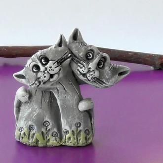 Статуэтка в виде котов подарок для влюбленных