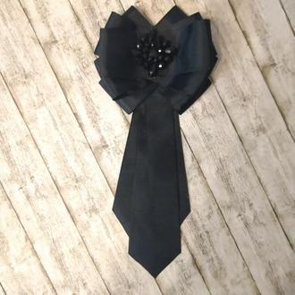 Чорна краватка-жабо