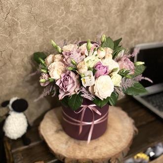 Шляпна коробка з квітами Богемія