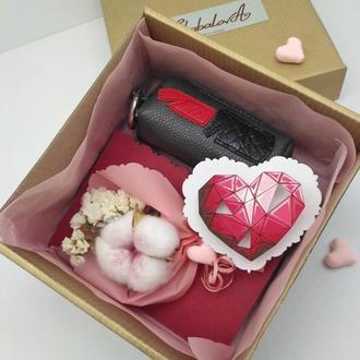 Подарочный набор на свадьбу, подарок на день рождения органайзер для ключей и денег, брошь, открытка