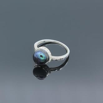 Серебряное кольцо с жемчугом Дама