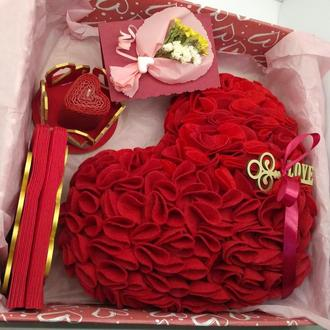 """Подарочный набор  """"Красное сердце"""" на свадьбу, на день рождения в подарок."""