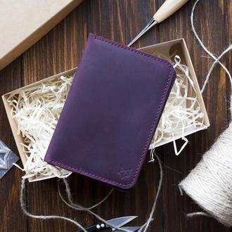 Кожаный чехол для паспорта с инициалами