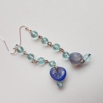 Легкие серьги из Аквамарина нежно голубого цвета с насыщенным синим лазуритом