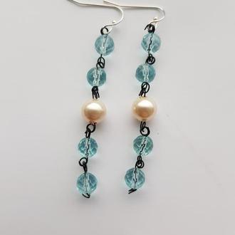 Легкие серьги из Аквамарина нежно голубого цвета с жемчужинами Майорика (majorica)