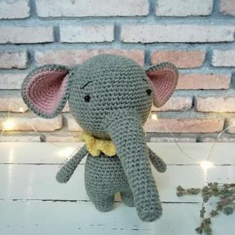 Слоник (вязаный слоник)