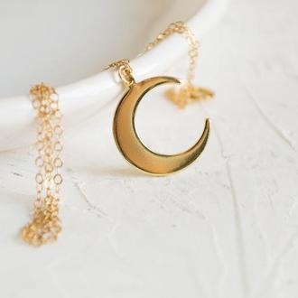Подвеска луна латунная на золотой цепочке (накатанное золото)