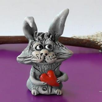 Фігурка зайчика з сердцем подарунок на Валентина
