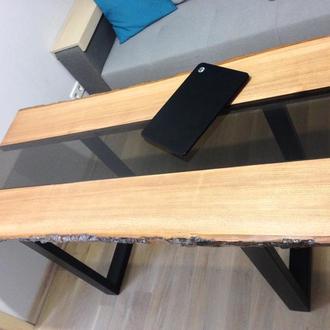 Современный и уникальный стол в стиле live edge