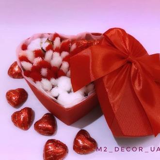 Сердечко с сухоцветами и шоколадом