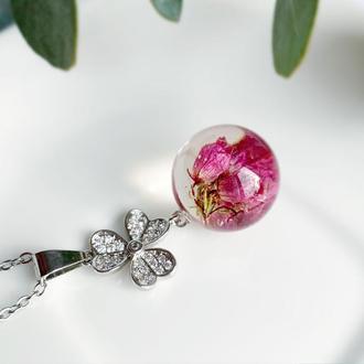 Подвеска-сфера с вереском. Кулон с вереском. Украшения из цветов. (модель № 2563) Glassy Flowers